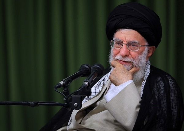 Ayatollah Khamenei issued a massage of condolence following martyrdom of cleric in Kazerun