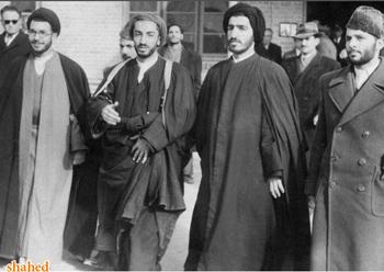 نگاهی به خاطرات، زندگینامه و وصیت نامه شهید سیدمجتبی صفوی