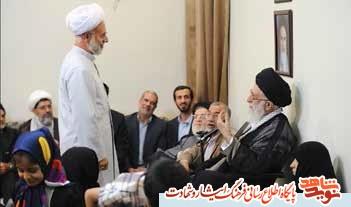 حاشیه های دیدار جمعی از خانواده های شهیدان مدافع حرم با رهبر معظم انقلاب / از عبایی که جا ماند تا پرواز به بهشت