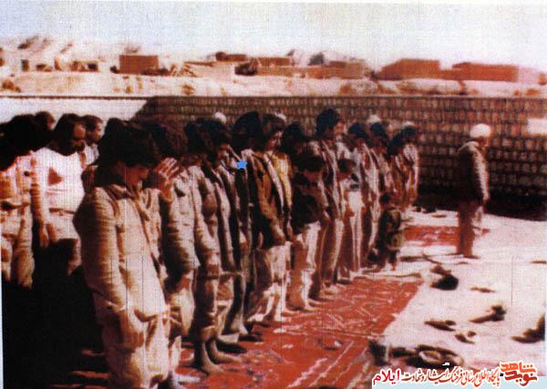 امت قهرمان و مسلمان نماز جمعه و اجتماعات مذهبي را فراموش ننمايد