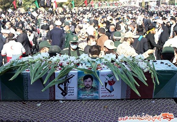 گزارش تصویری از تشییع و خاکسپاری پیکر شهید