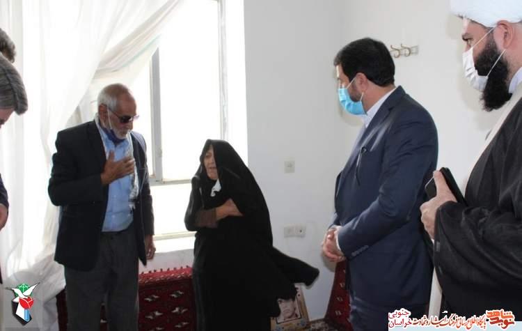 دیدار با خانواده شهید گرانقدر الهیان